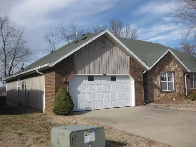 4013 South Warmwater Avenue Springfield, MO 65804