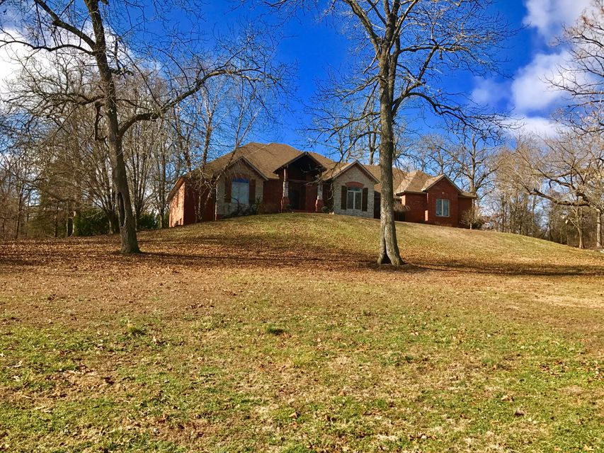 5621  Hollywood Road Ozark, MO 65721