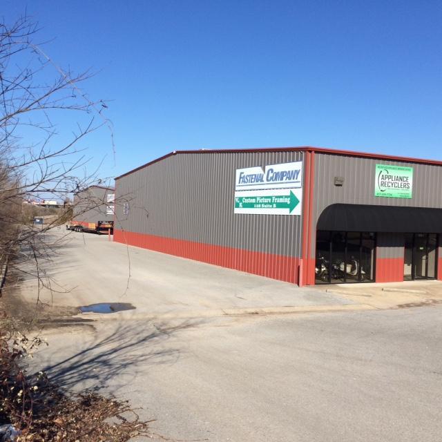 123-125 Industrial Park Drive