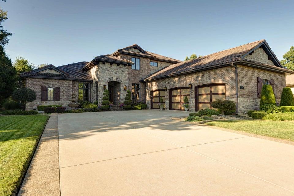 3820 E San Poppi Court, Ozark, MO 65721