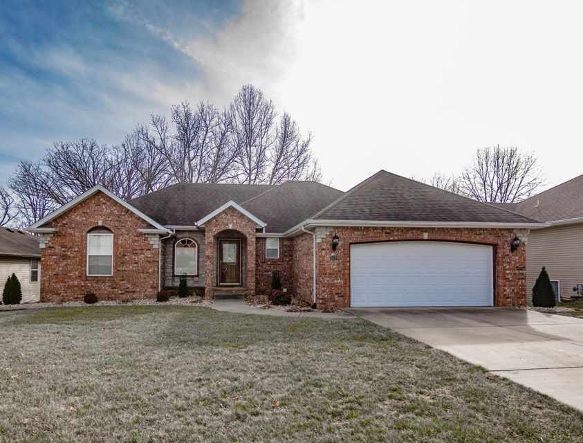 5138 East Cherry Hills Boulevard Springfield, MO 65809