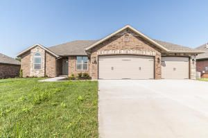 5754 South Cottonwood Dr Battlefield, MO 65619