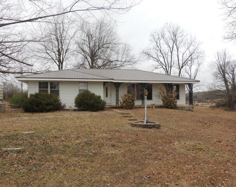 407 North Newport Avenue Conway, MO 65632