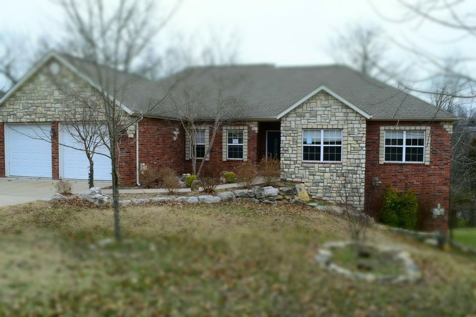 253  Country Bluff Drive Branson, MO 65616