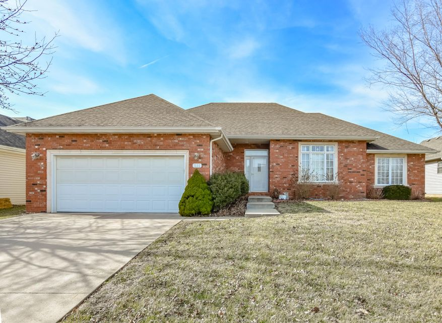 331 South River Birch Drive Springfield, MO 65809