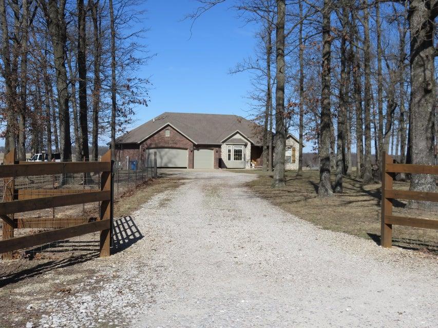 9767 East Farm Road 170 Rogersville, MO 65742