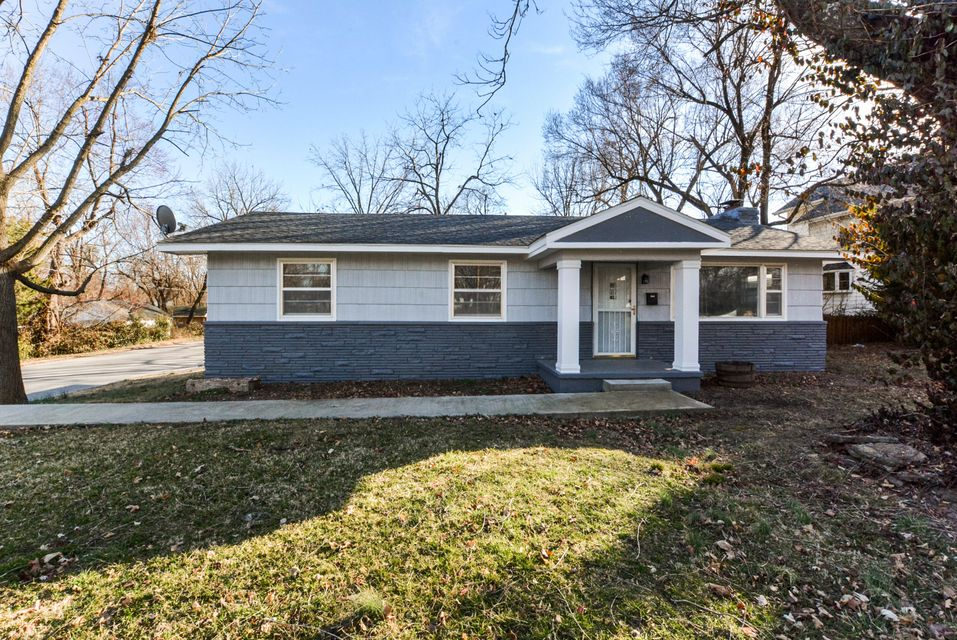 1526 E Cherry Street, Springfield, MO 65802