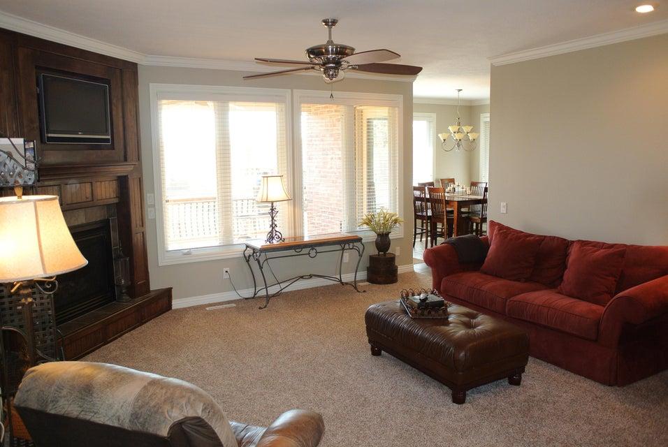 Living Room Furniture Springfield Mo Marlborough Manor In Springfield 5 Bedrooms Residential