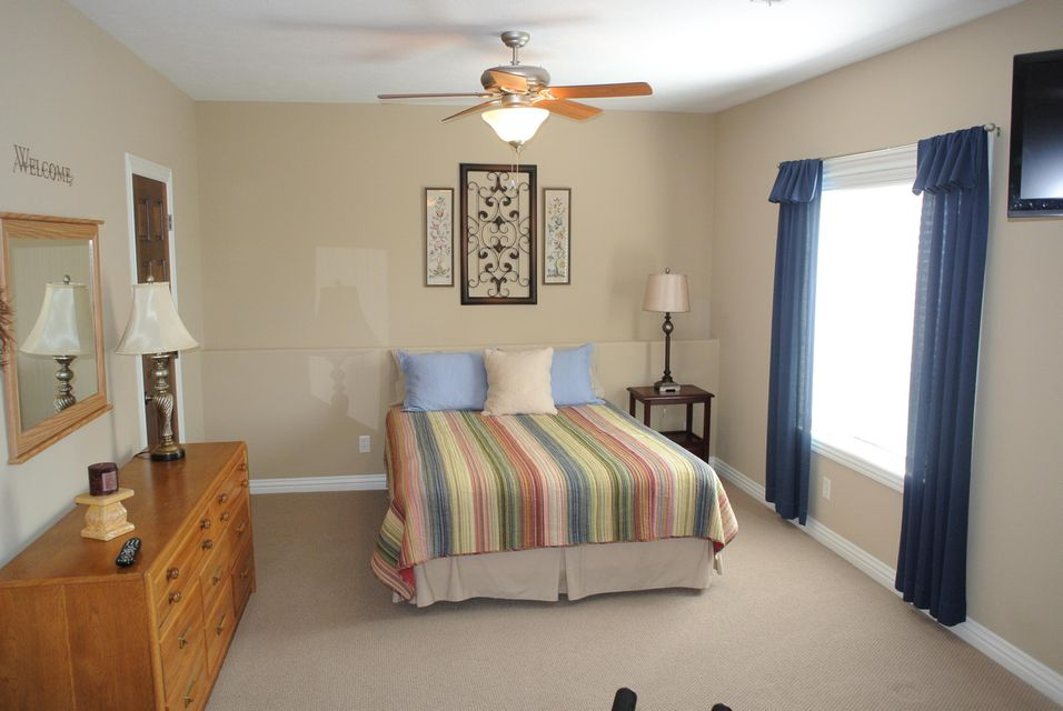 Marlborough Manor In Springfield  Bedrooms Residential - Bedroom furniture springfield mo