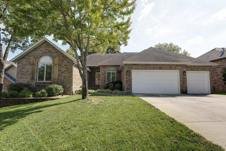 3876 North Daniels Court Springfield, MO 65803