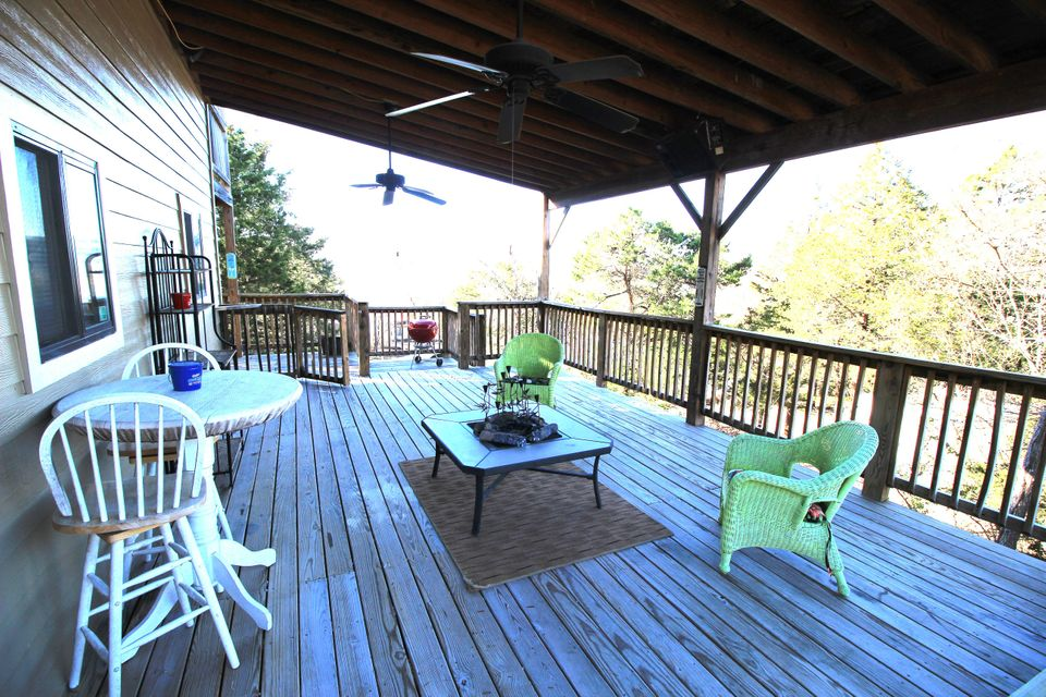 TABLE ROCK LAKE LIVING, 262 DORA LANE, HOLLISTER