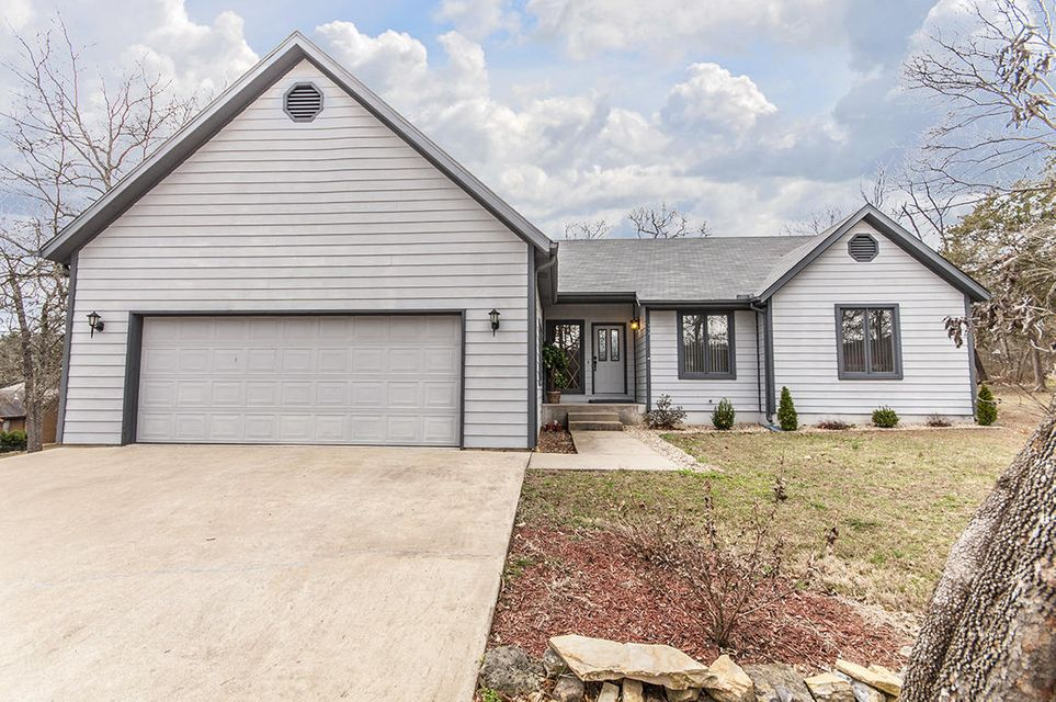 773  Backwood Road Lampe, MO 65681