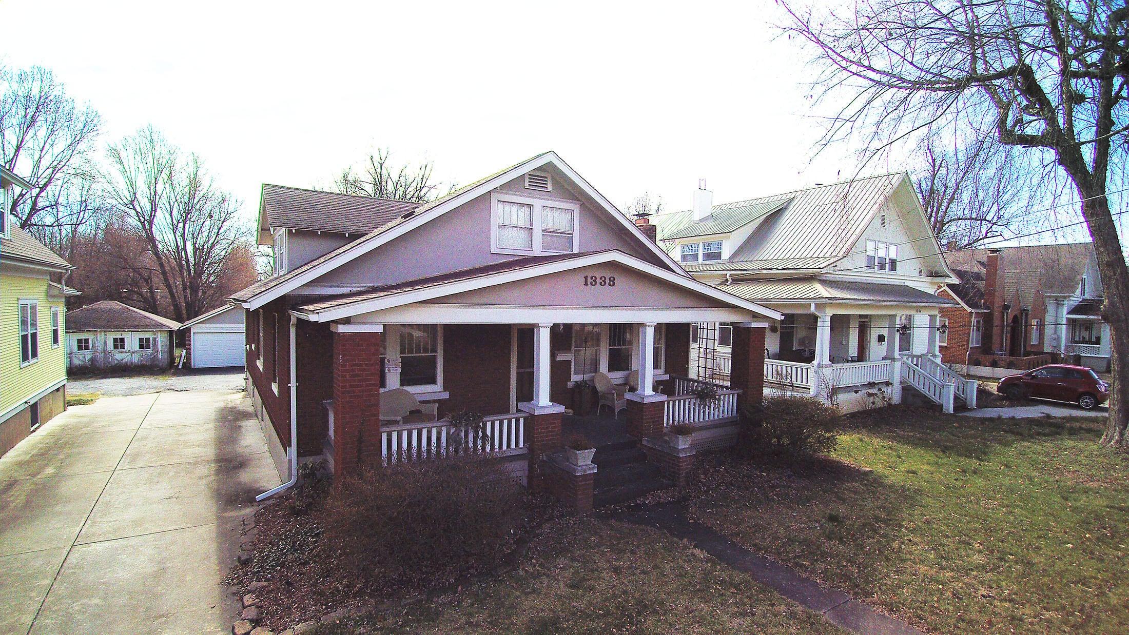 1338 E Harrison Street, Springfield, MO 65804