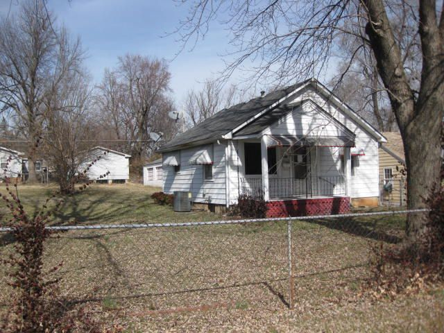2811 W Olive Street, Springfield, MO 65802
