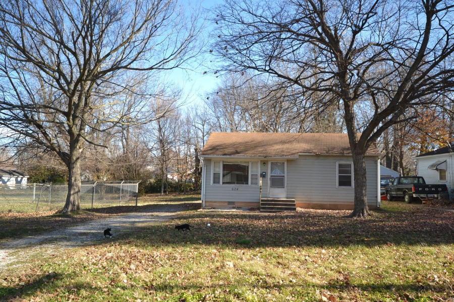 624 S Fairway Avenue, Springfield, MO 65802