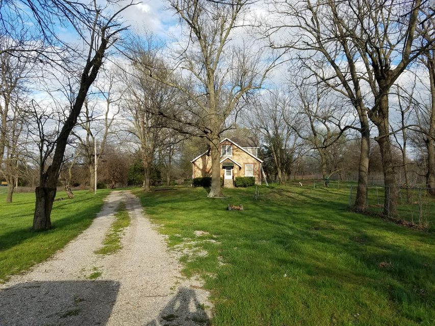 1235 Lawrence 1235, Marionville, MO 65705