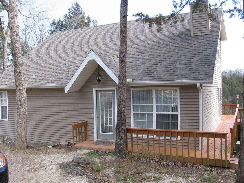 26180  Rocky Lane Eagle Rock, MO 65641
