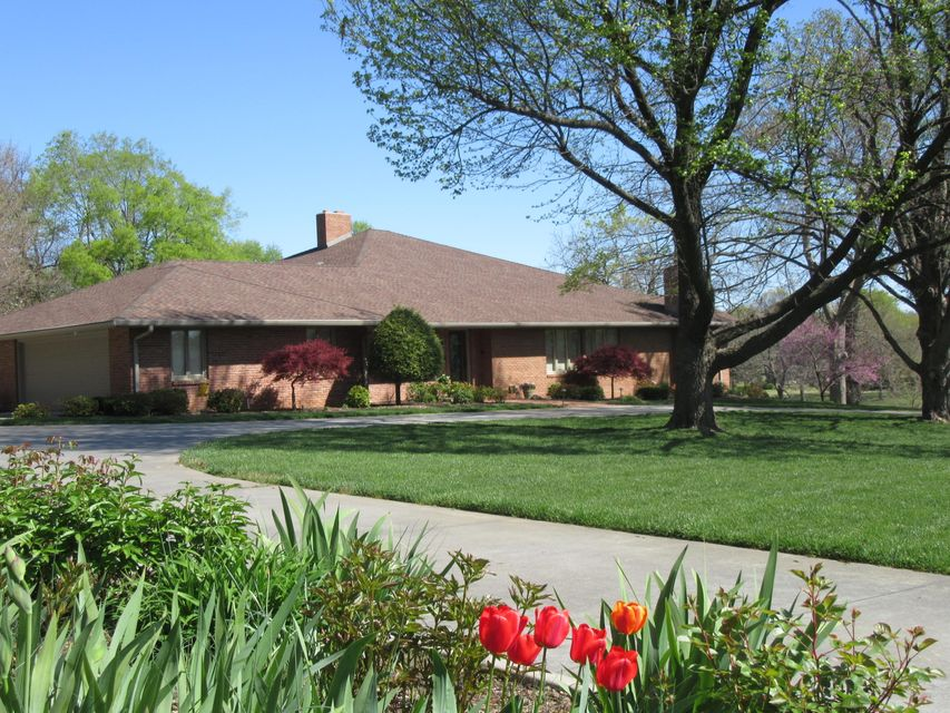 2855 East Southern Hills Boulevard Springfield, MO 65804