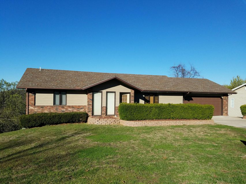 42  Irish Hills Boulevard Kimberling City, MO 65686