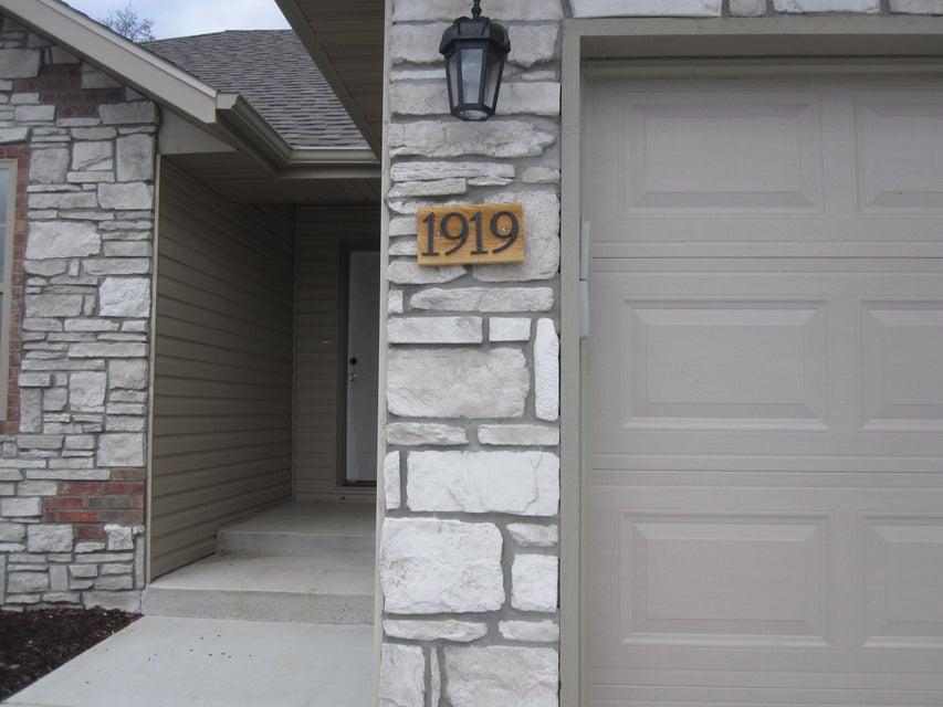 1919 East Parrin Avenue Ozark, MO 65721