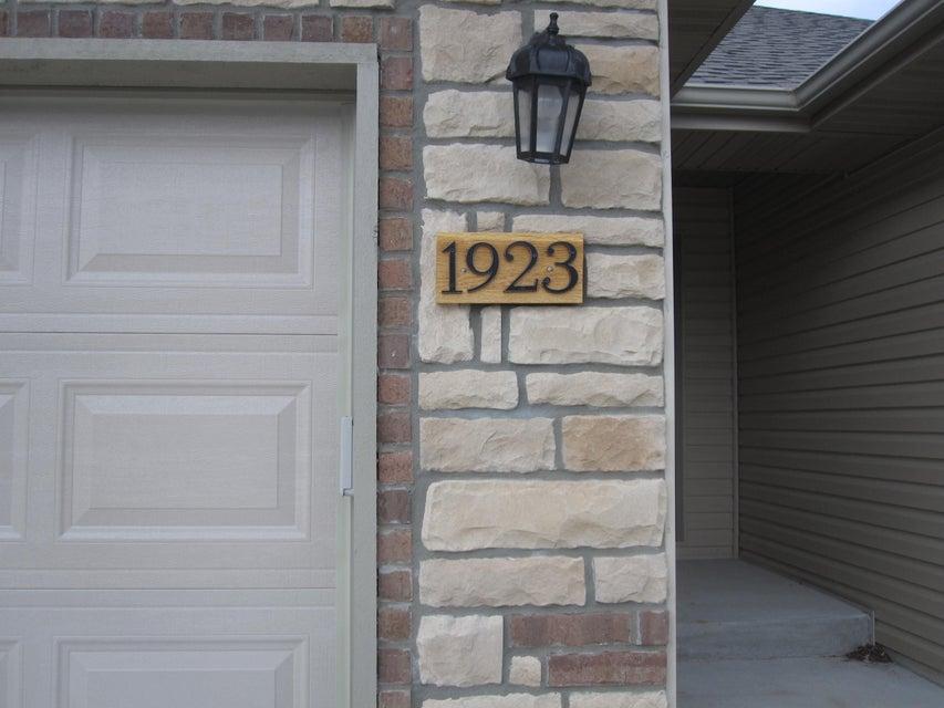 1923 East Parrin Avenue Ozark, MO 65721