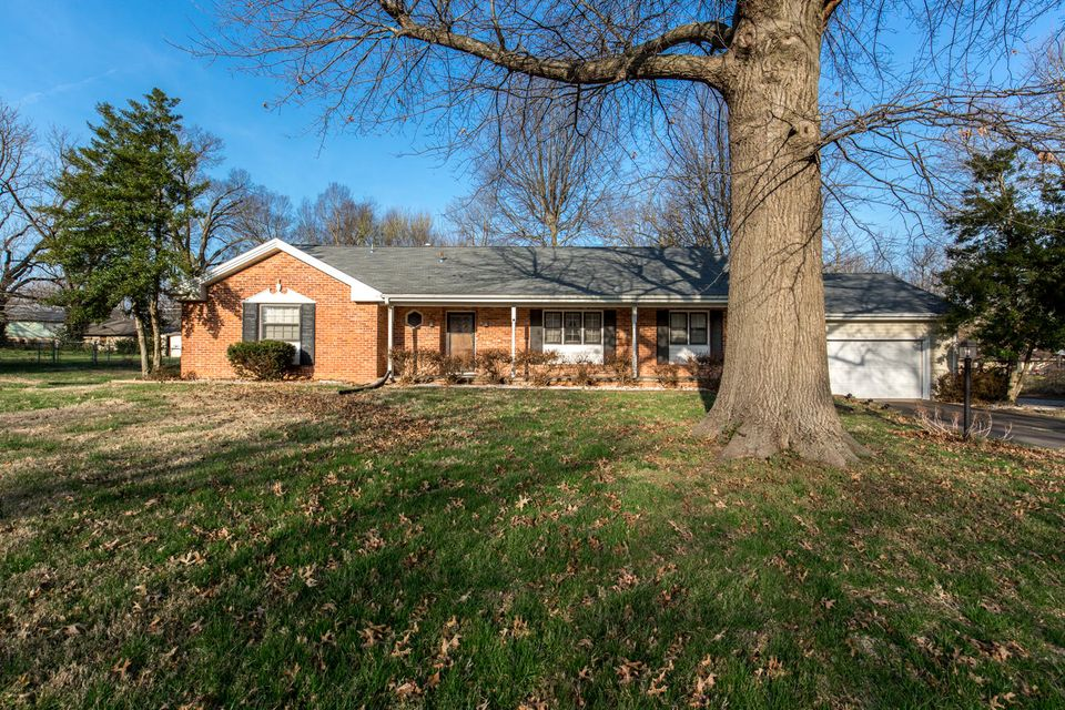2337 South Mayfair Avenue Springfield, MO 65804