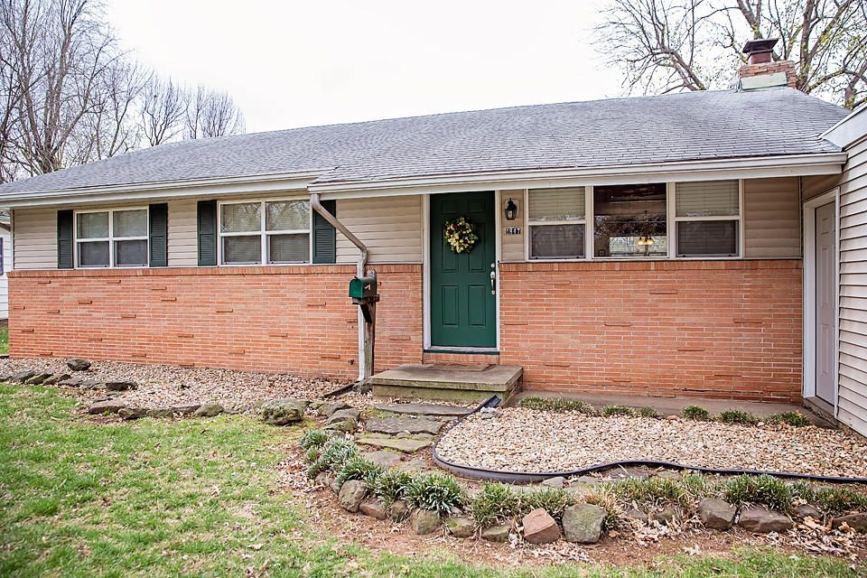 1847 South Fort Avenue Springfield, MO 65807