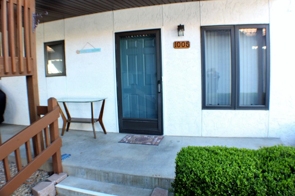 1005  Paradise Landing Road #4 Kimberling City, MO 65686