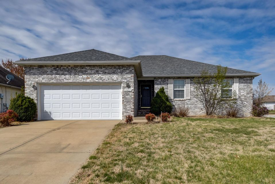 1637 South Fisk Avenue Springfield, MO 65802