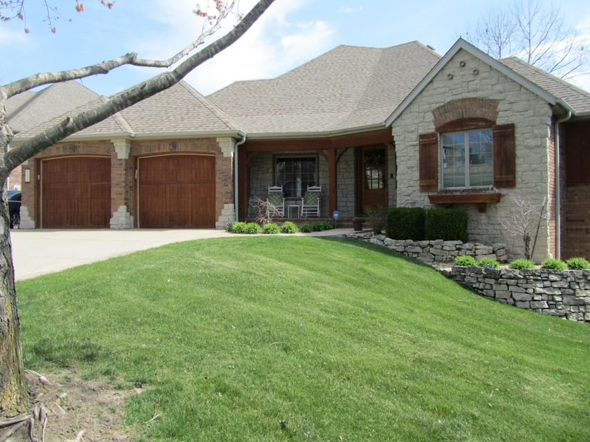 6236 South Hunters Trail Springfield, MO 65810