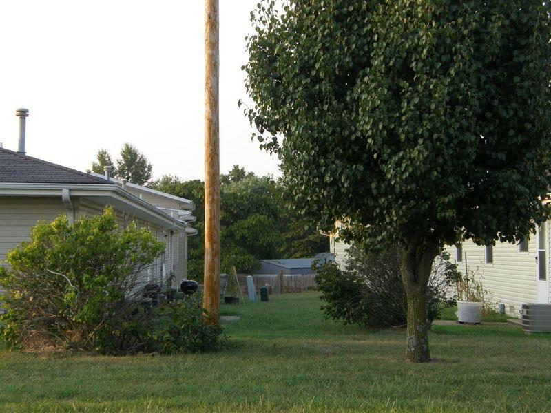 621 625 Meadowview Drive