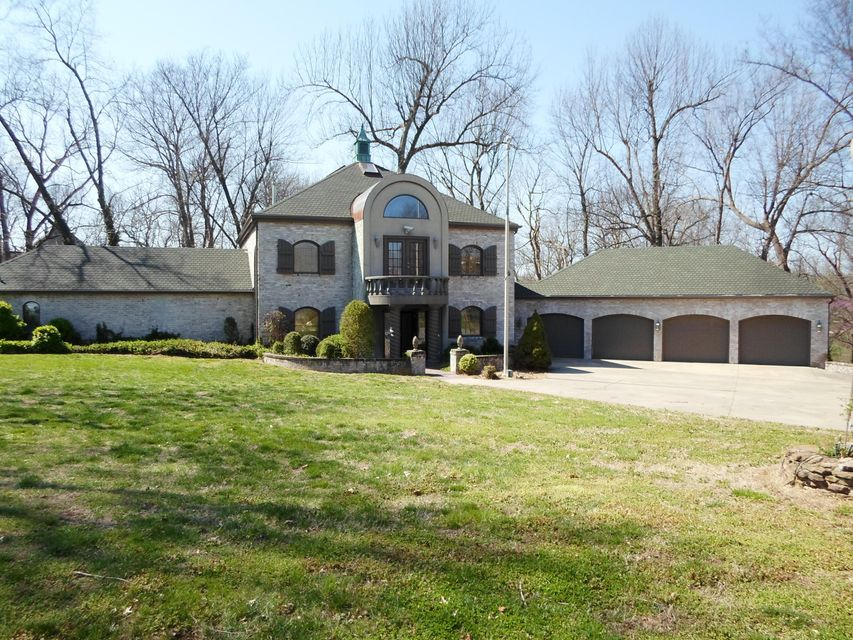 3020 East Inglewood Court Springfield, MO 65804