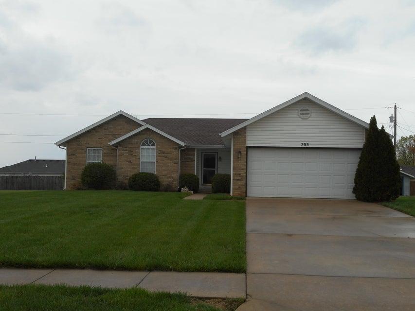 703 South Darin Lane Willard, MO 65781