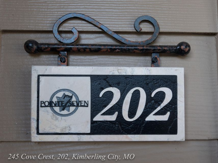 245  Cove Crest #202 Kimberling City, MO 65686