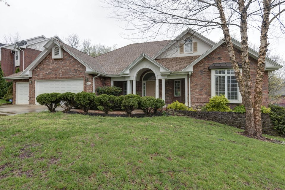 2405 South Forrest Heights Avenue Springfield, MO 65809