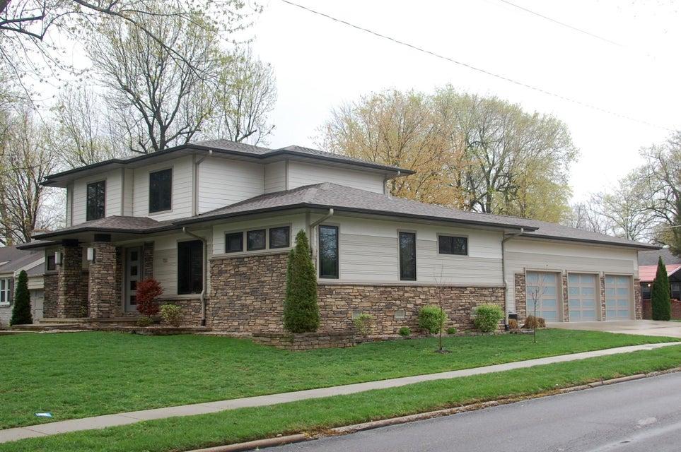 700 E University Street, Springfield, MO 65807