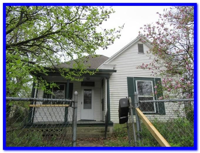 802 E Garfield Street, Springfield, MO 65803