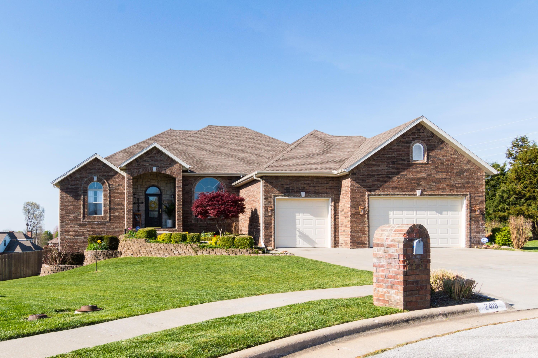 2418 W Crestwood, Ozark, MO 65721