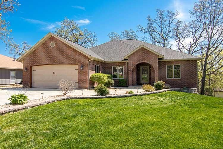 111  Oak Drive Kimberling City, MO 65686