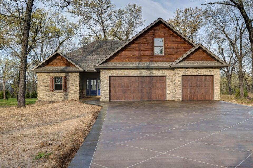 363  Limestone Drive Reeds Spring, MO 65737
