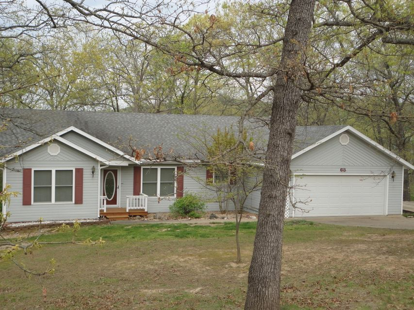 68  Irish Hills Boulevard Kimberling City, MO 65686