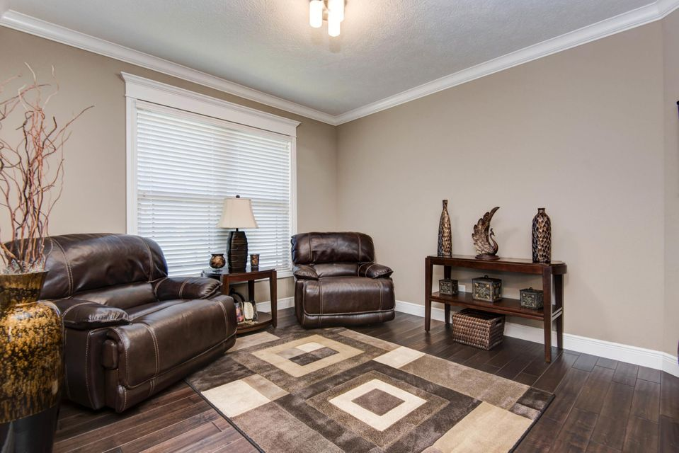 Living Room Furniture Springfield Mo Wild Horse In Springfield 4 Bedrooms Residential 289900 Mls