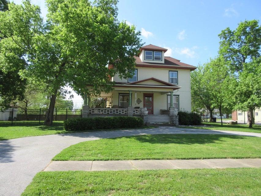 501 East Walker Street Ash Grove, MO 65604