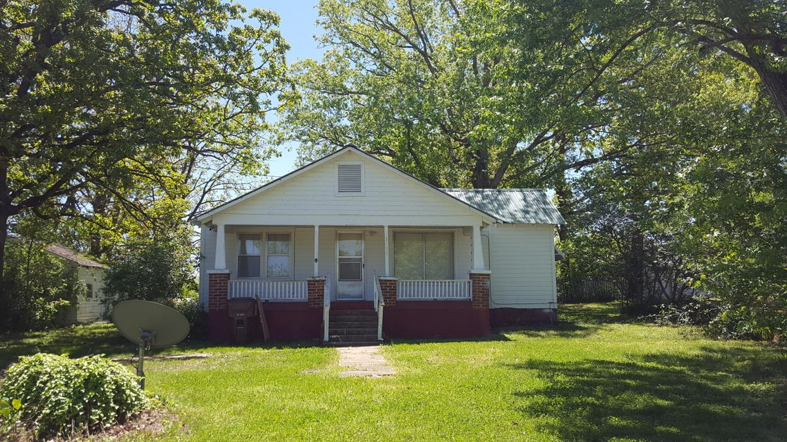 1056  County Road 806 Gainesville, MO 65655