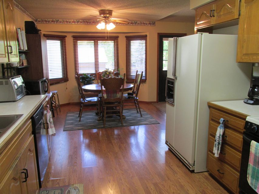 Country Kitchen Willard Ohio Willard Mo Homes For Sale