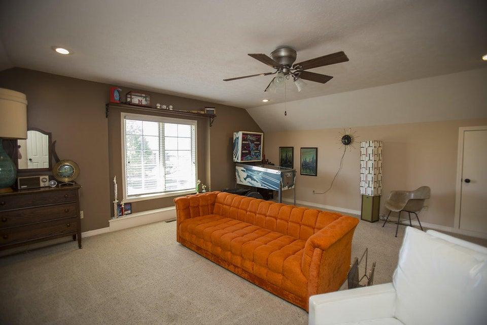 3777 East Chattanooga Street Springfield, MO 65809