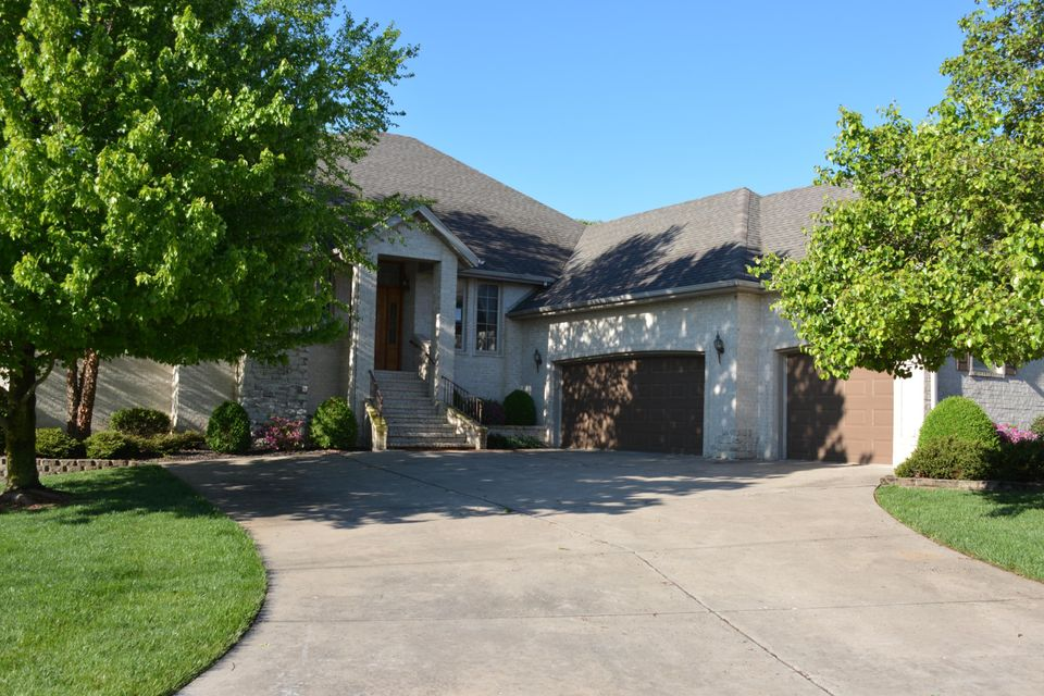 3730 East Cromwell Lane Springfield, MO 65802