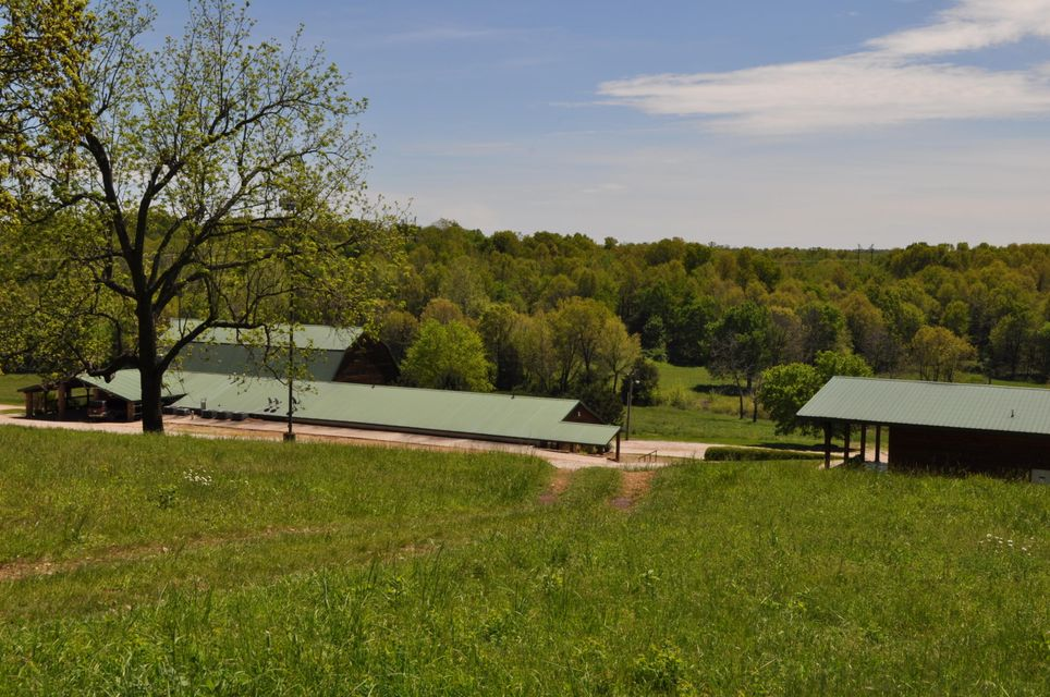 4227 Farm Rd 1012