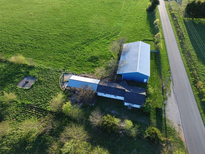 355  Two Rivers Road Highlandville, MO 65669