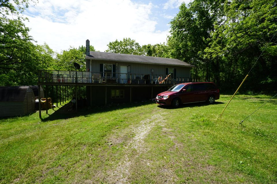 257  Clayton Road Kirbyville, MO 65679
